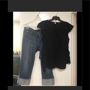 🔥🔥FREE brand new blouse with purchase of jeans🔥